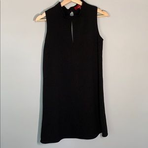 Saks Fifth Avenue RED Simple Black Dress